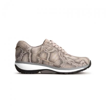 Snake sneaker